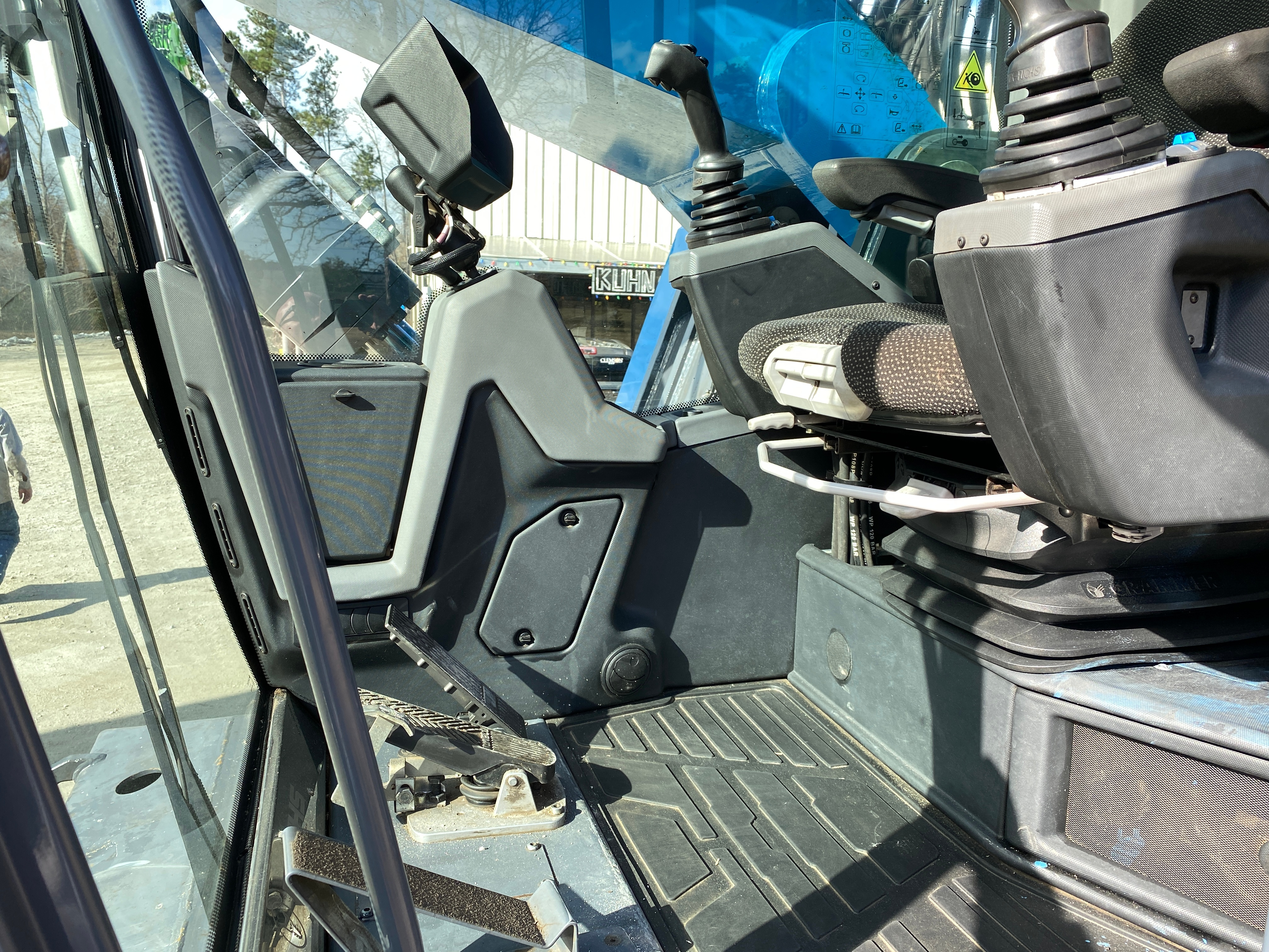 Used 2018 Fuchs MHL350F For Sale