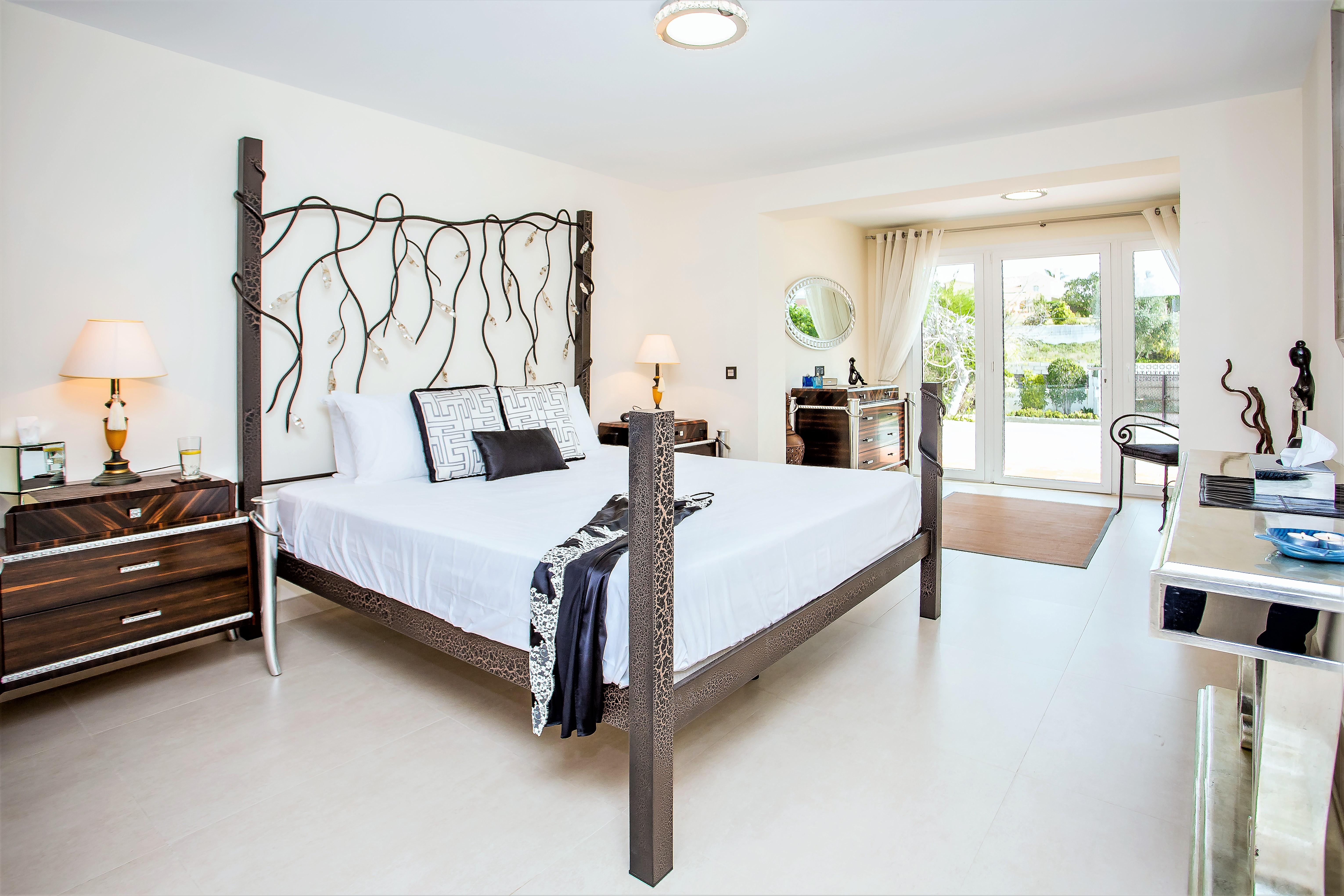 Apartment 4 B R  VILLA by Puerto Banus   Sea 5 m                                photo 20147466