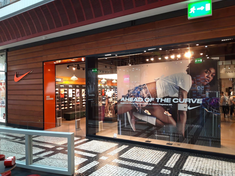 849090dda Nike Store Norte Shopping. Porto