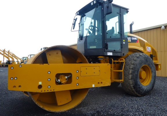 Used 2015 Caterpillar CS56B For Sale