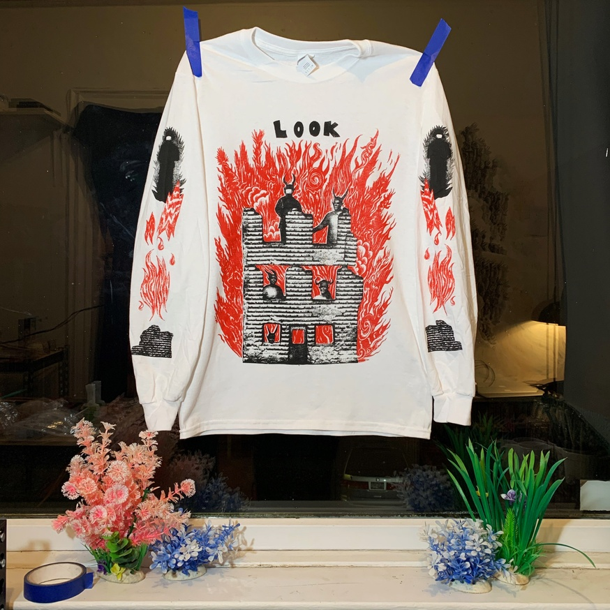 LOOK Long Sleeve Shirt [Small]