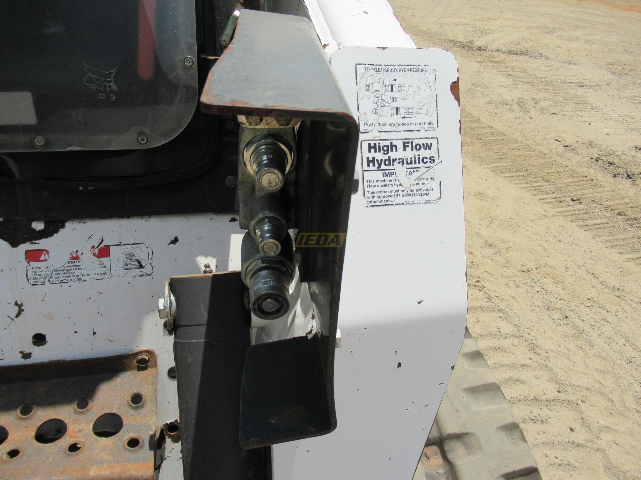 2007 Bobcat T300 For Sale - Earthworm Outdoors, LLC