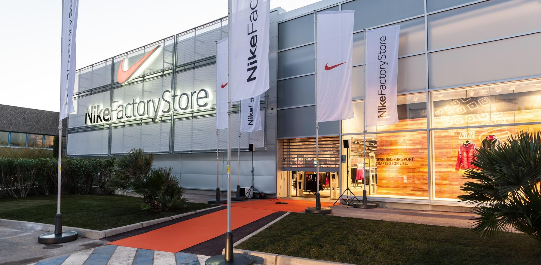 destockage nike villeneuve loubet