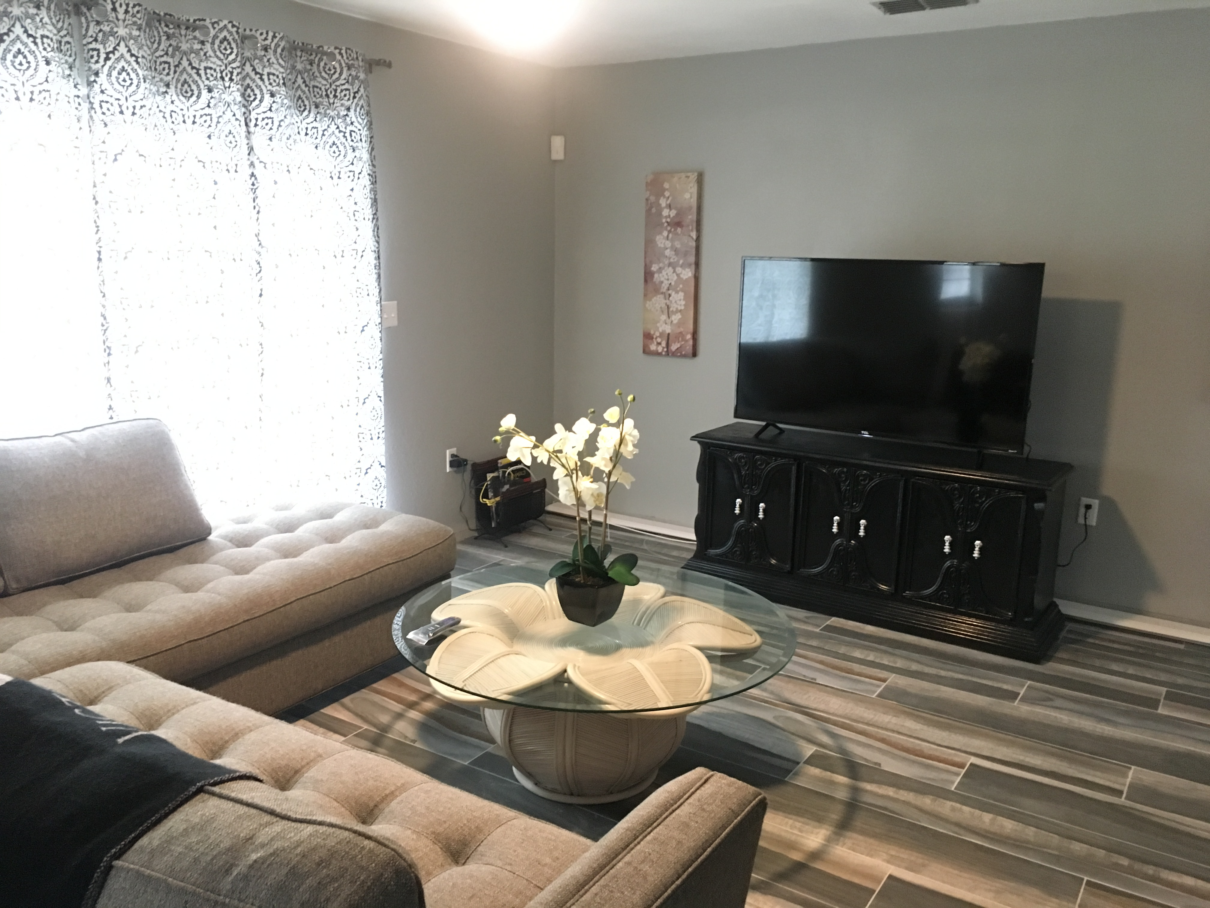 Apartment The Pearl Room Mins Away From Oak Hill Hospital photo 18117414