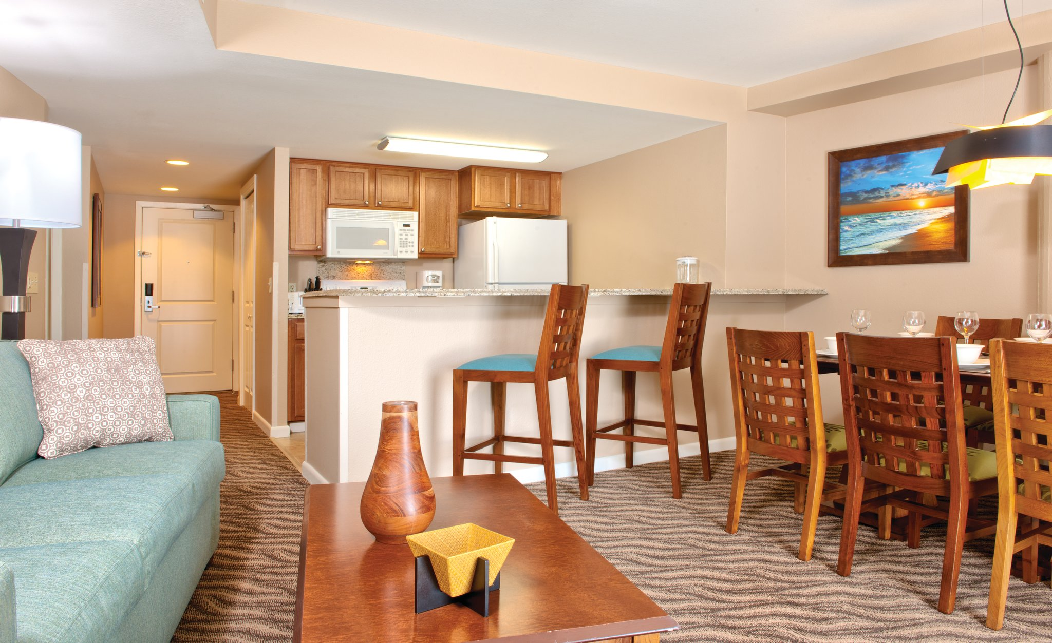 Apartment Wyndham Wakiki Beach Walk 2 Bedrooms 2 Bath photo 20366175