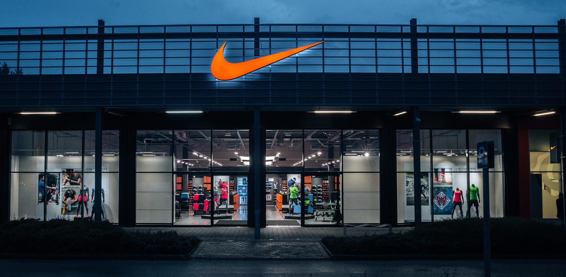 99805ccdea Nike Factory Store Budapest Buy Way. Dunakeszi, . Nike.com