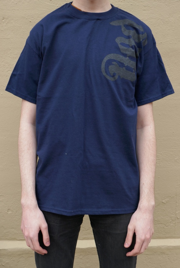 Fred Martinez T-Shirt in Navy [Large] thumbnail 3