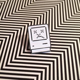 Sad Mac Pin
