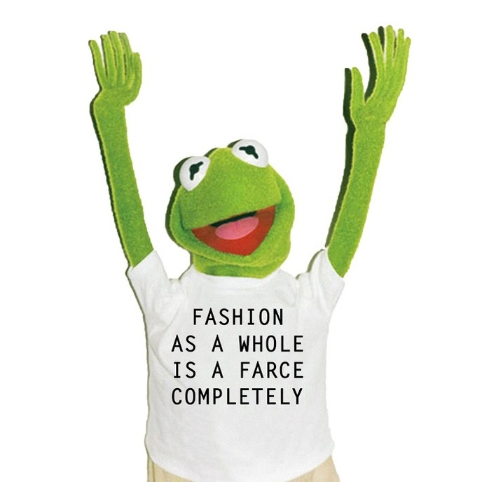 FASHION AS A WHOLE IS A FARCE COMPLETELY Bootleg T-Shirt [XS, S, L, XL]