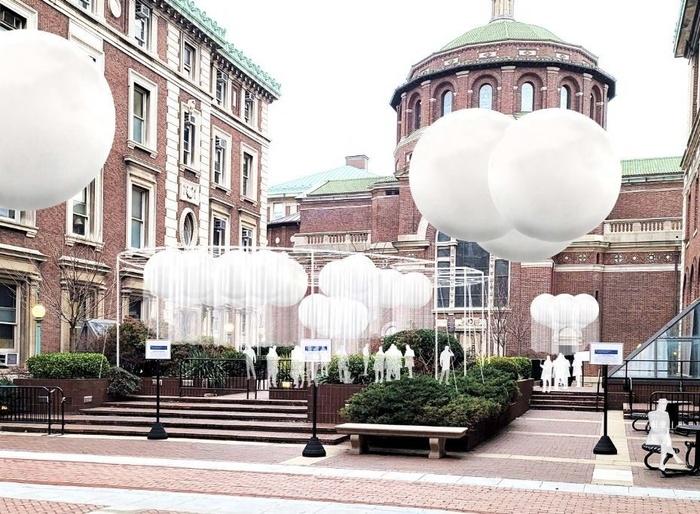 ballon saloon.jpeg