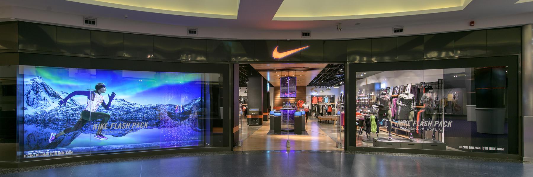 Nike Nike Istanbul Store Istinye Store Park FWwdqgxC