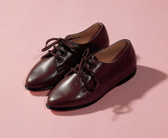 Two Shoes thumbnail 3