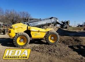 Used 2000 New Holland LM640 For Sale