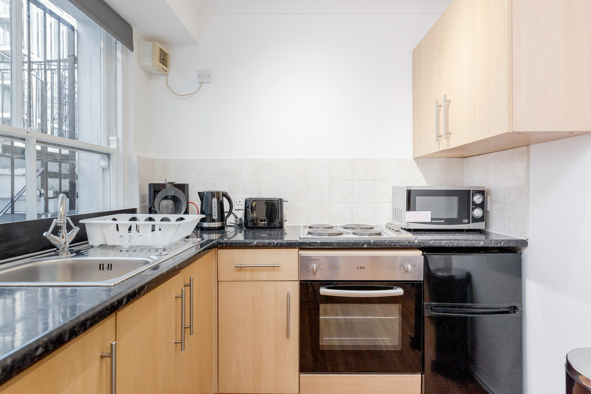 Apartment Professionally cleaned Beautiful studio apartment on Kings Road  Chelsea photo 20330201