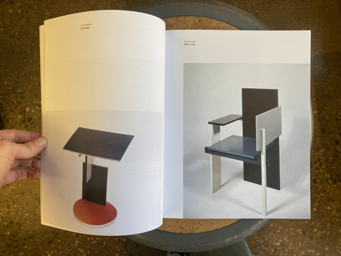 How To Construct Rietveld Furniture thumbnail 3