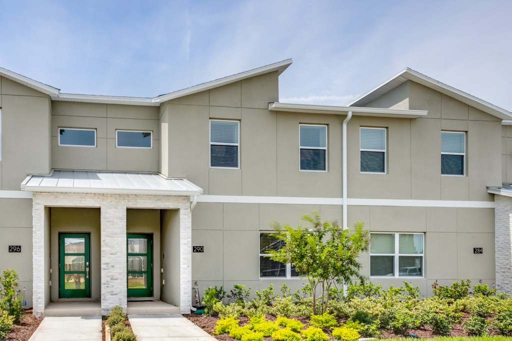 Apartment MODERN TOWNHOUSE IN CHAMPIONSGATE ORLANDO  10 MINUTES FROM DISNEY photo 24719297