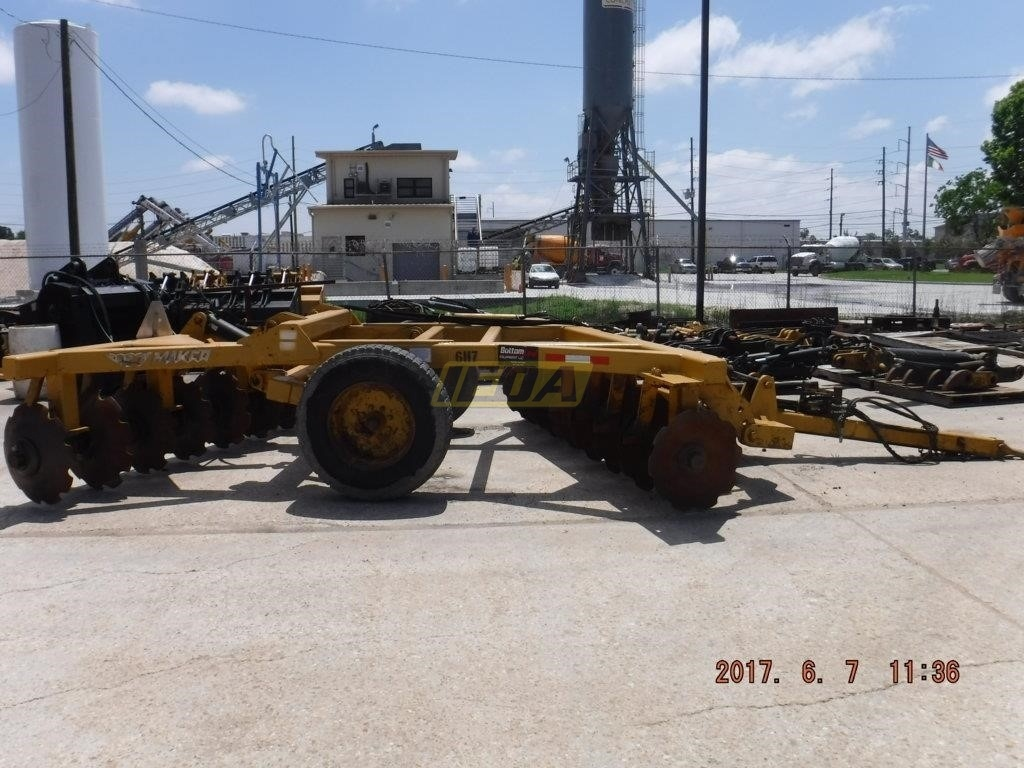 Used 2010 MAKCO 12-28 For Sale