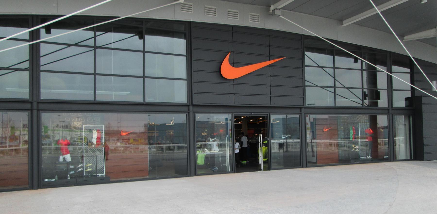 c3bae1e7260b1 Nike Factory Store Madrid H2O. Rivas Vaciamadrid