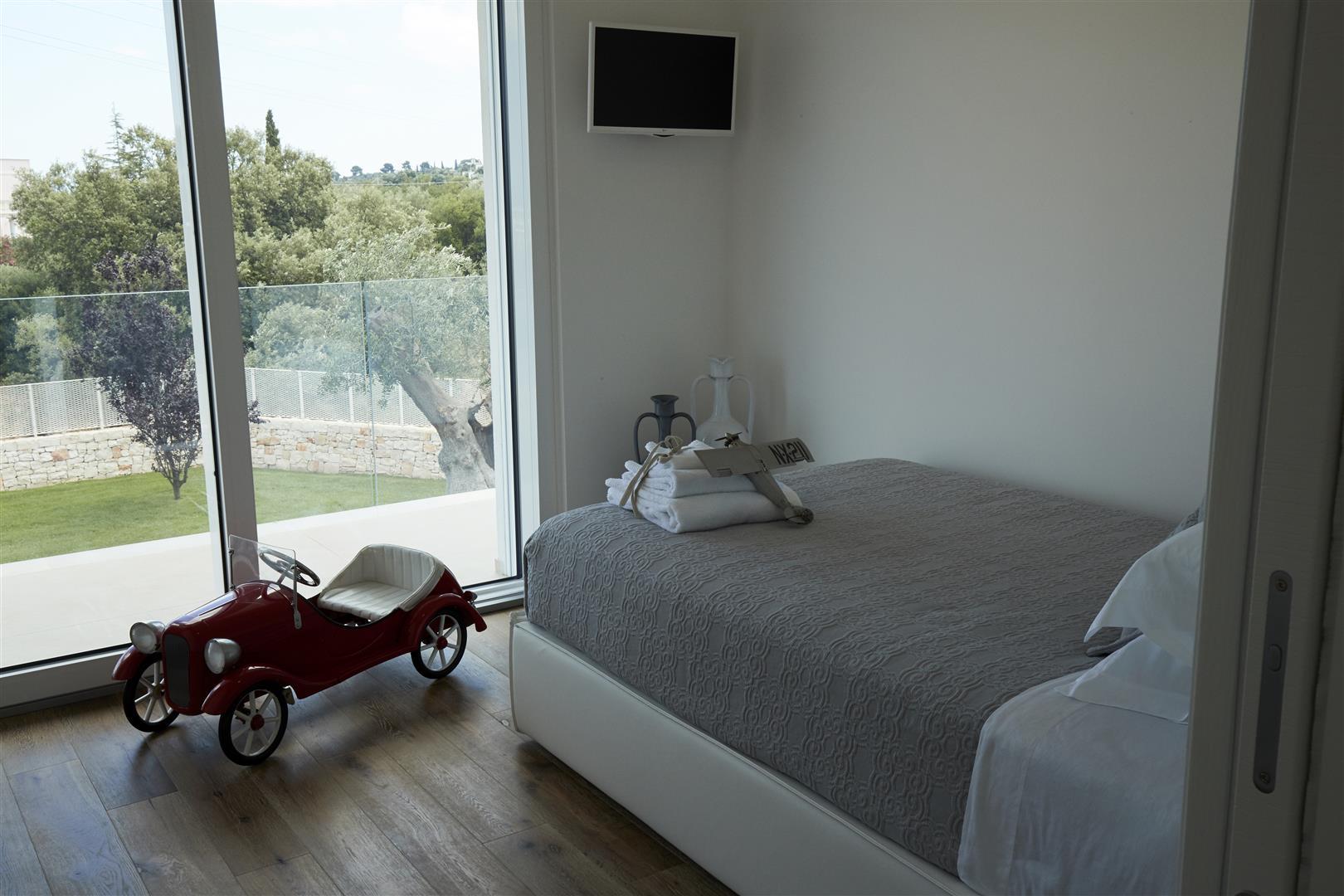 Luxury 6 bedroom villa near Polignano a Mare. Pool. WIFI.