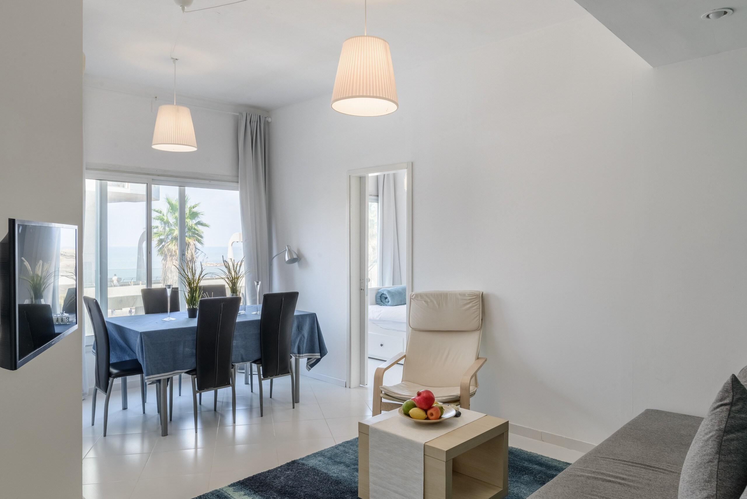 Sea View 2 bedroom apartment next to Hilton beach photo 21105489
