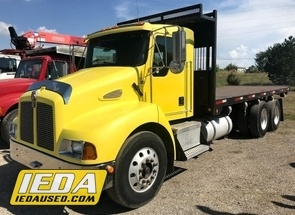 Used 2001 Kenworth T300 For Sale