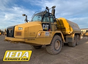 Used 2014 Caterpillar 725C For Sale