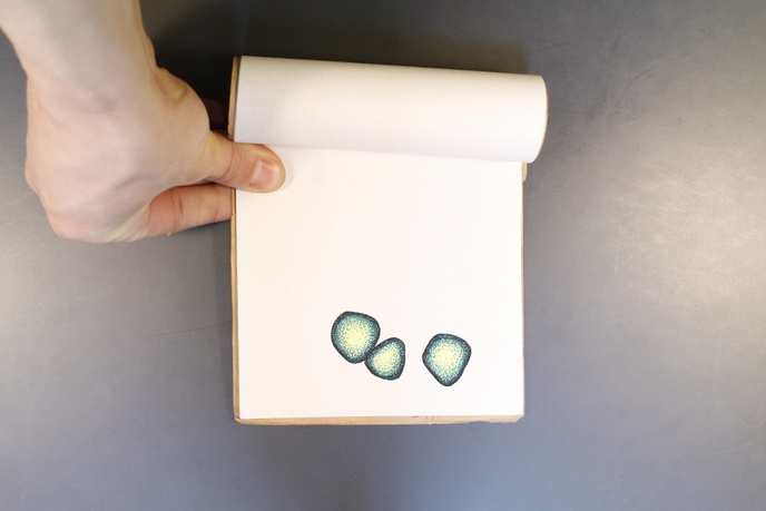Three Green Rocks                                                                                                                                                                                                                                               thumbnail 2