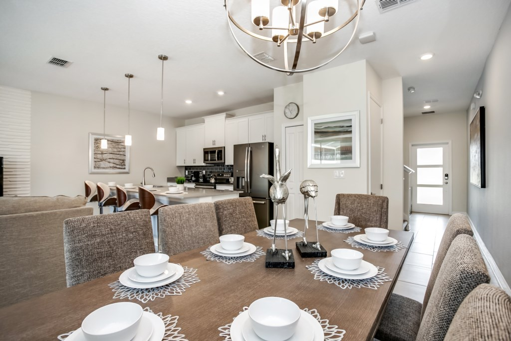 Apartment MODERN TOWNHOUSE IN CHAMPIONSGATE ORLANDO  10 MINUTES FROM DISNEY photo 24719300