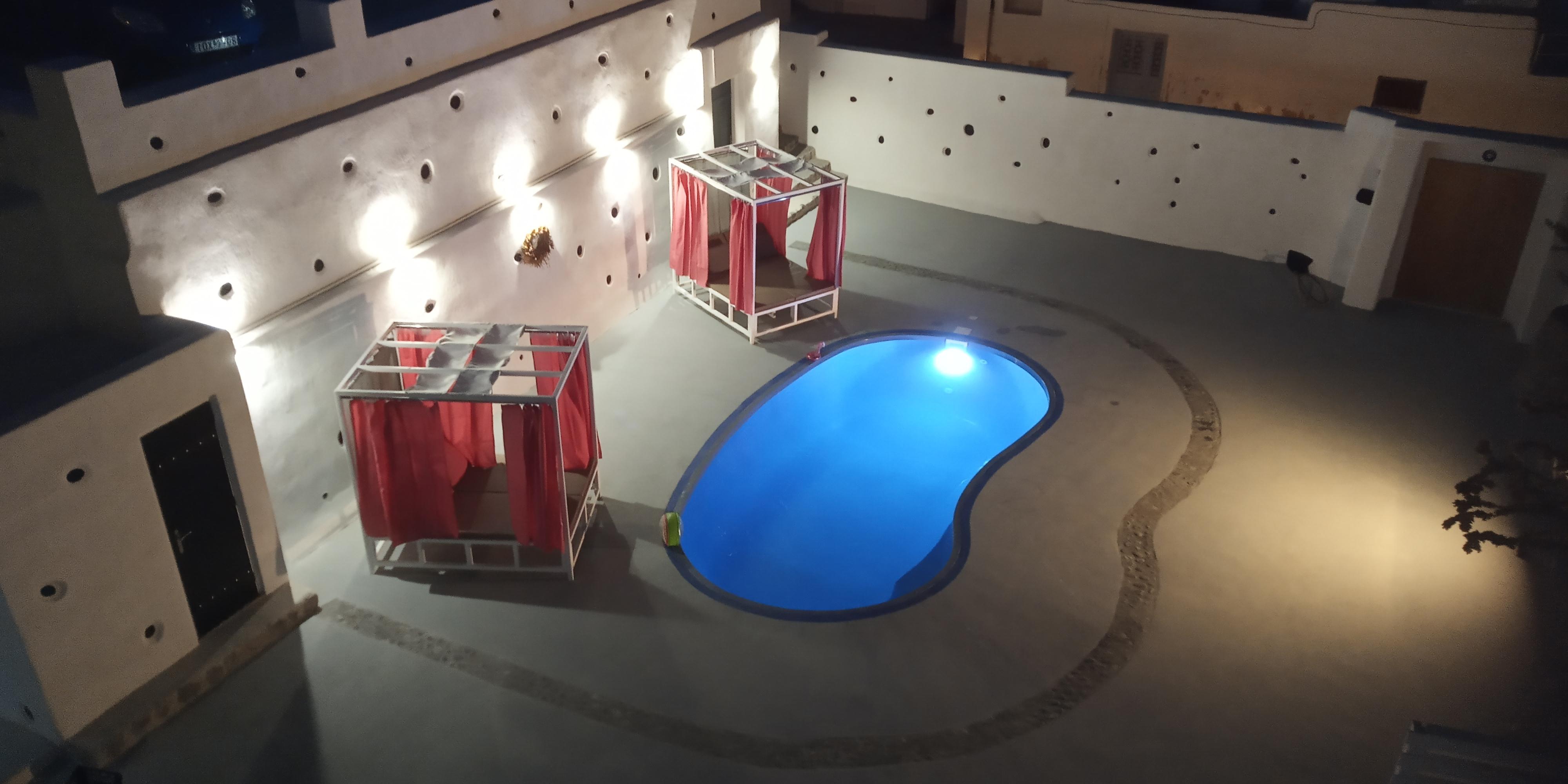 Santorini Charming Haven-Pool & Sauna Retreat