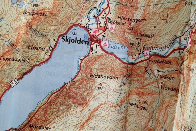Searching for Ludwig Wittgenstein : Lake Eidsvatnet, Skjolden, Sogn, Norway thumbnail 2