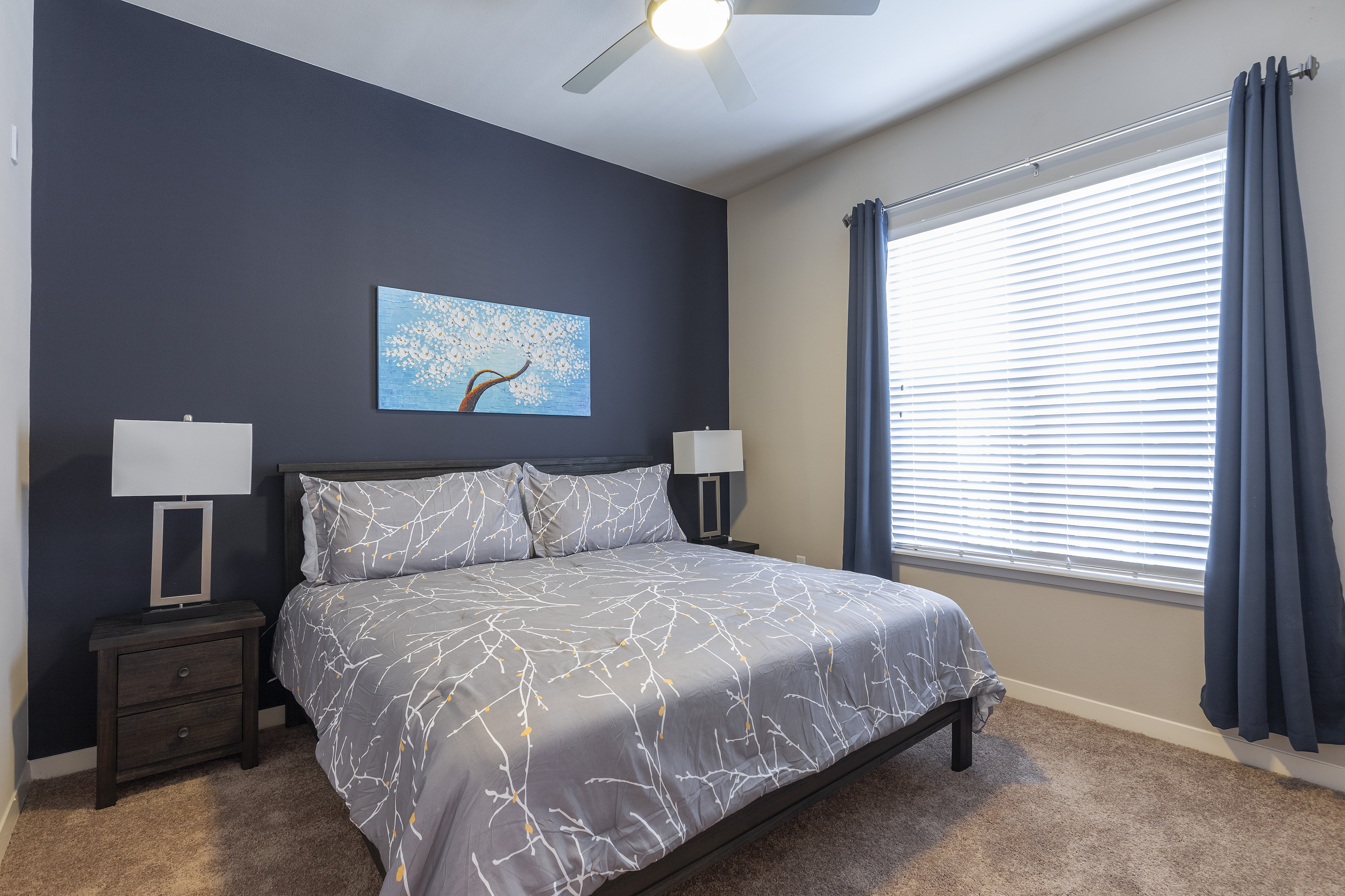 Apartment KING SIZE BED LUXURIOUS MED CENTER FULLY EQUIPPED CONDO photo 21441103