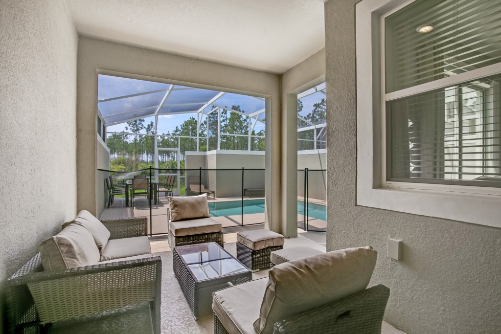 Apartment MODERN TOWNHOUSE IN CHAMPIONSGATE ORLANDO  10 MINUTES FROM DISNEY photo 24719311