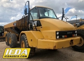 Used 2012 Caterpillar 725 For Sale