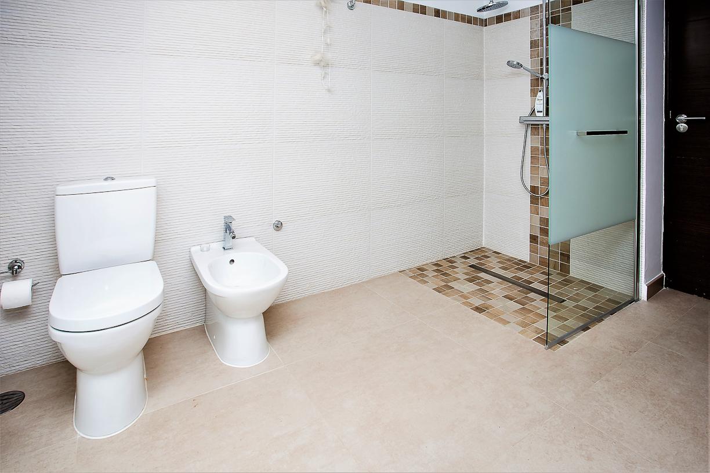 Apartment 8 Bedroom VILLA BY PUERTO BANUS   SEA 5 min                                photo 20341650