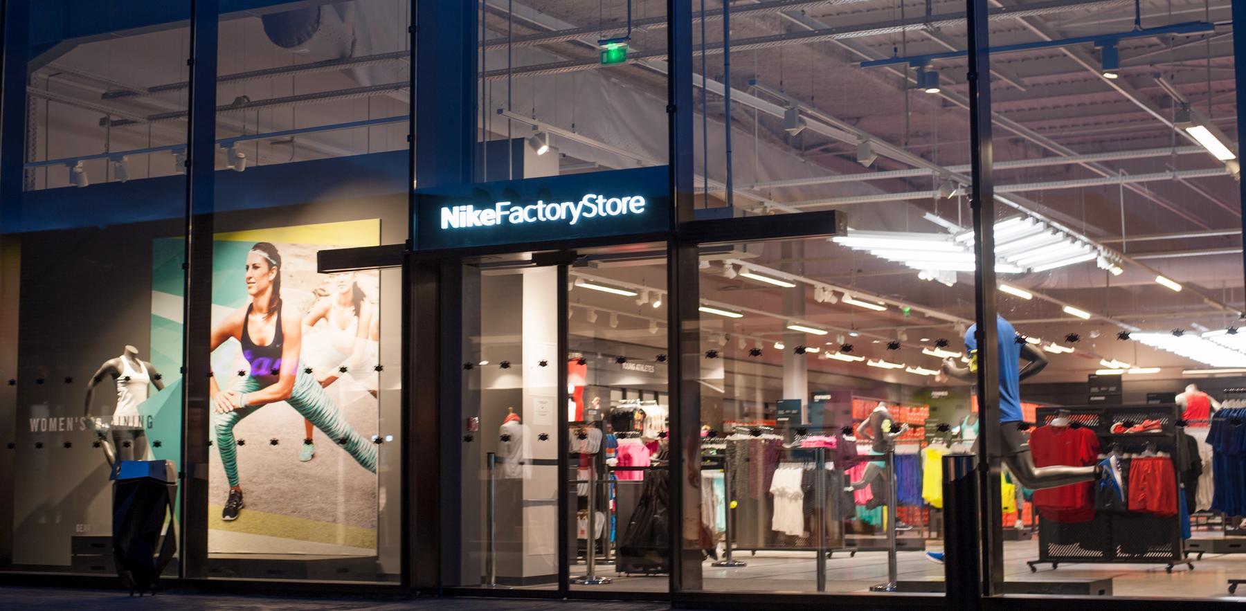 boutique nike ouverte le dimanche