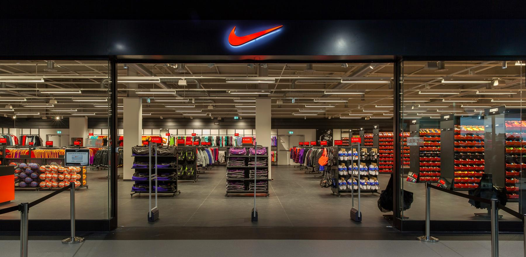 boutique nike ile saint denis