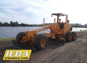 Used 2004 Leeboy 685B For Sale