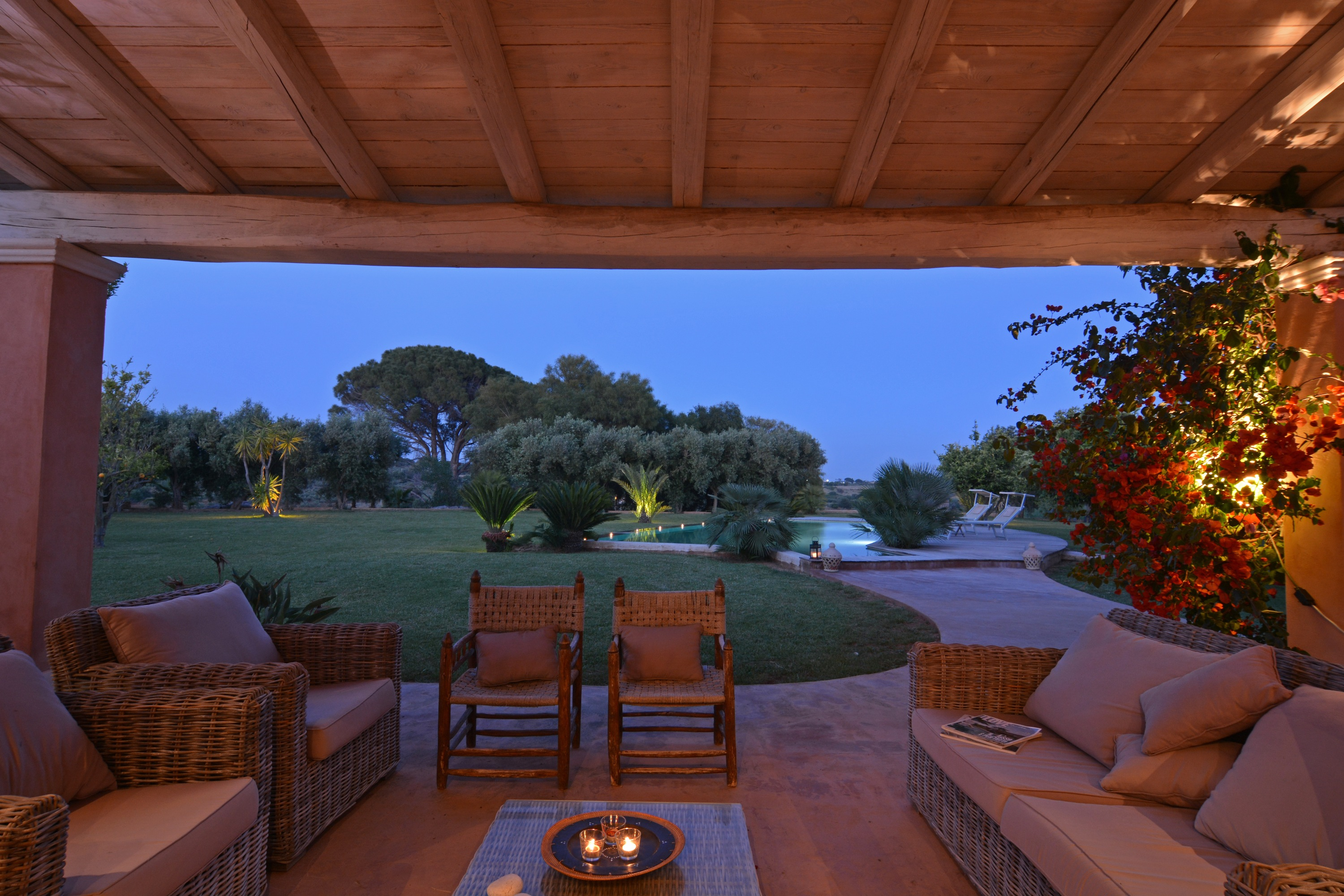 Charming Sicilian villa with pool