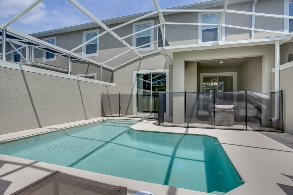Apartment MODERN TOWNHOUSE IN CHAMPIONSGATE ORLANDO  10 MINUTES FROM DISNEY photo 24719309