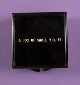 A Box of Smile [Black]