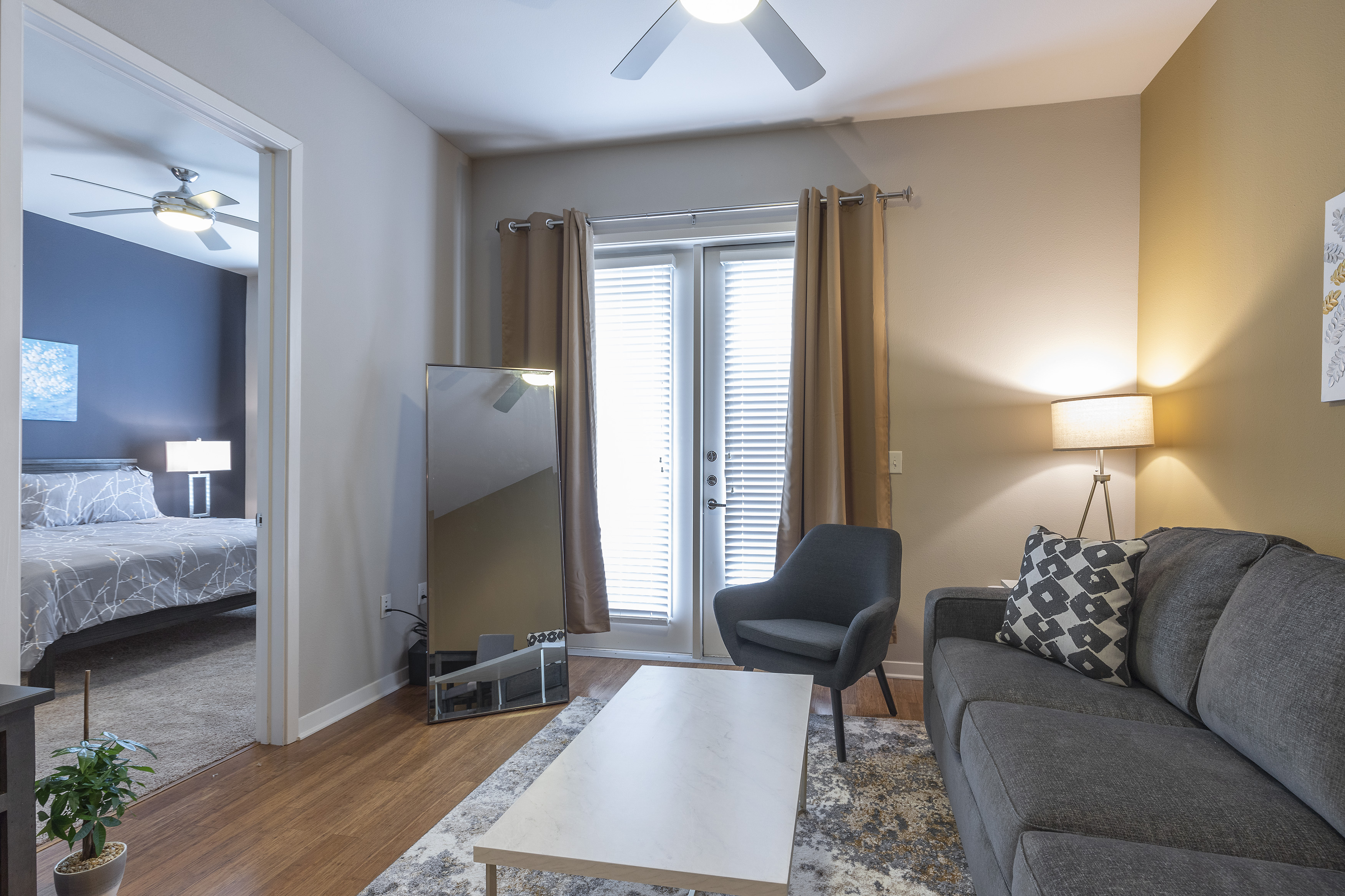 LUXURIOUS - KING SIZED BED - MED CENTER FULLY EQUIPPED CONDO photo 21441050