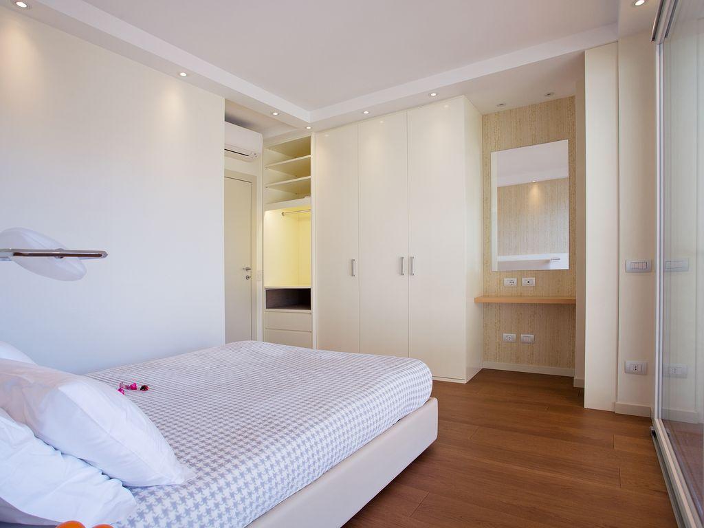 Como 3 bedroom penthouse