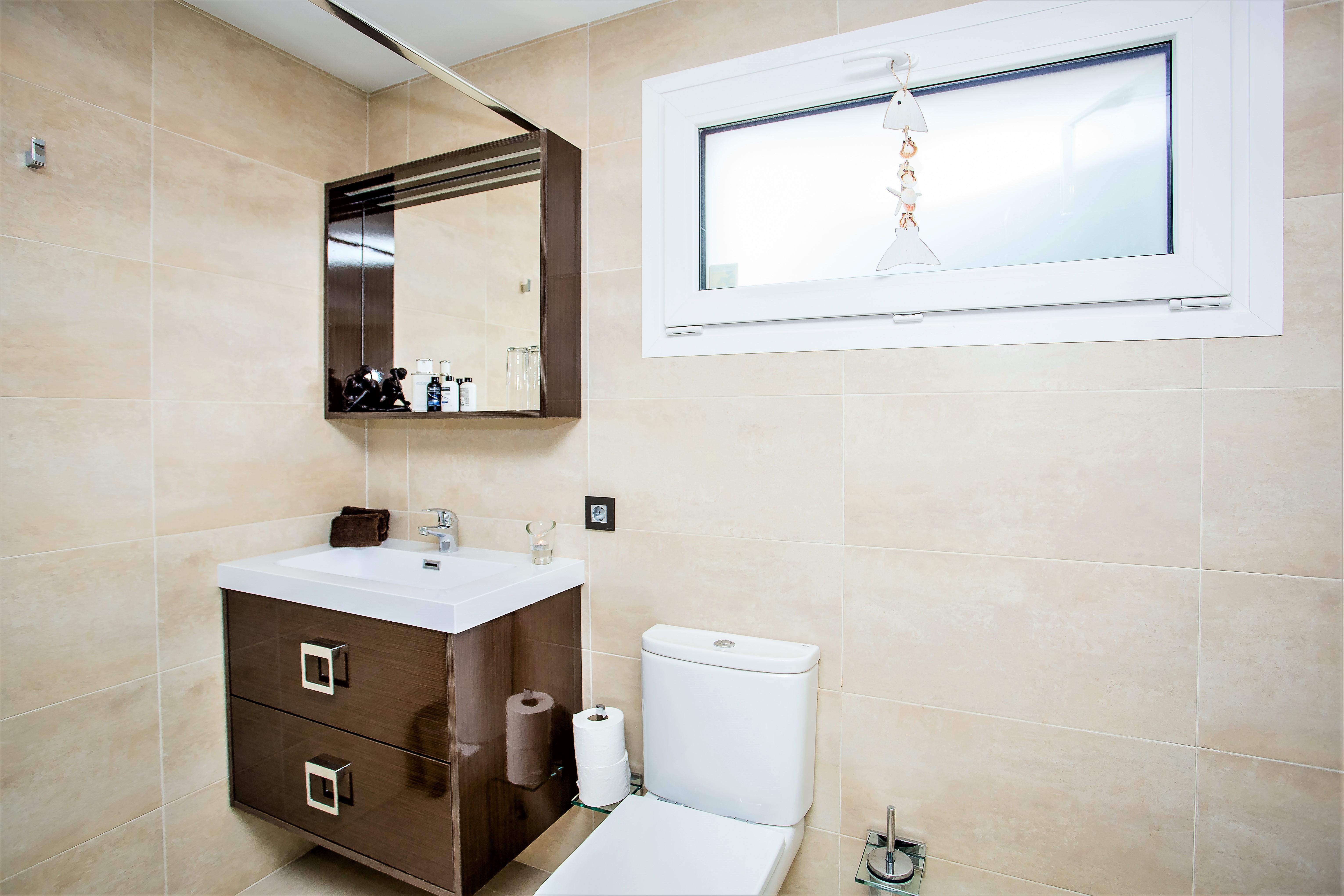 Apartment 6 B R VILLA BY PUERTO BANUS   SEA 5min                                photo 20203687