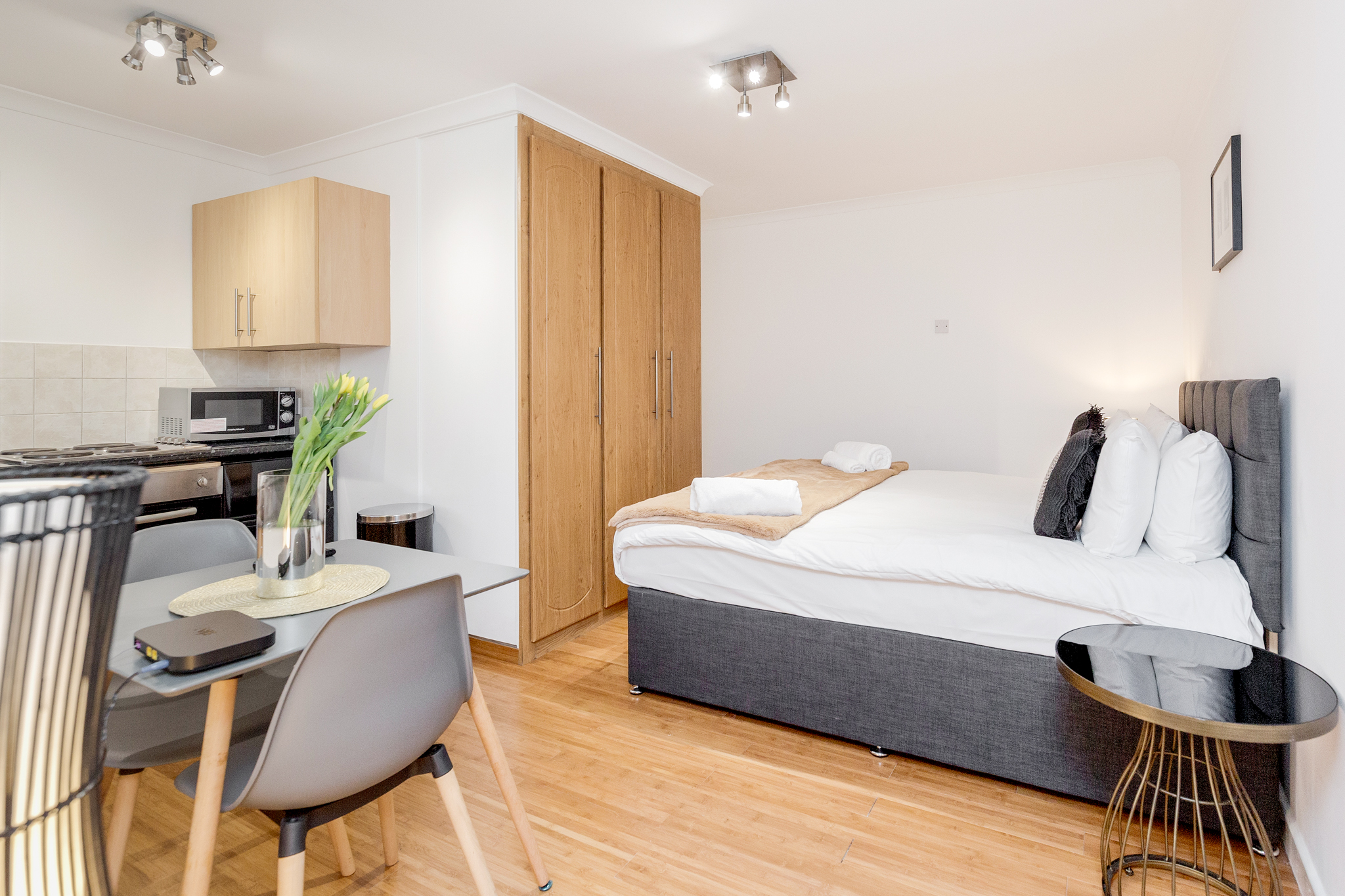 Professionally cleaned Beautiful studio apartment on Kings Road, Chelsea photo 20330213