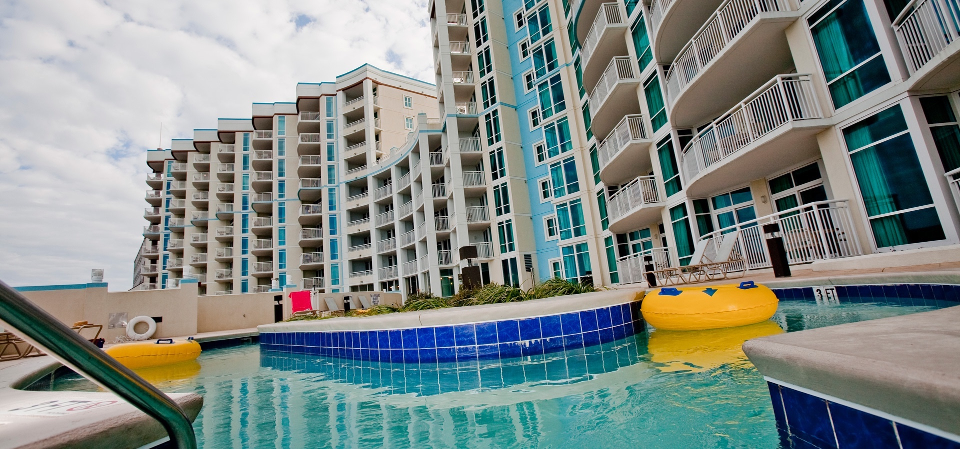 Apartment Towers on the Grove 2 Bedroom 2 Bathroom photo 16948593