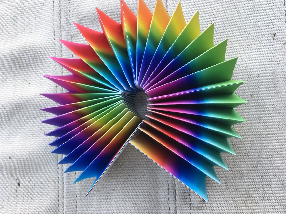 inverted rainbow hue variations (cascading accordion) thumbnail 4