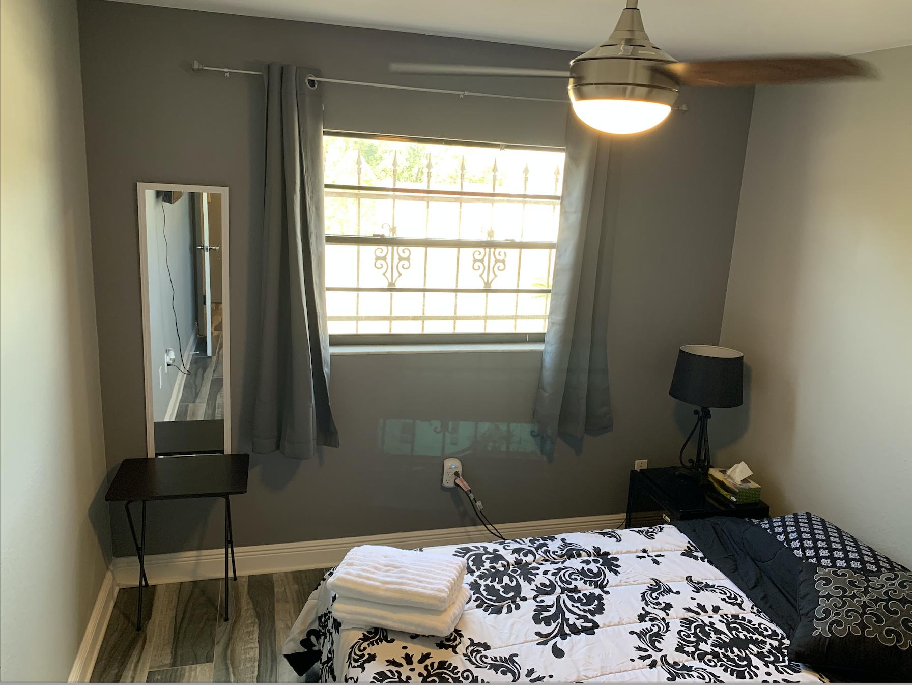 Apartment 3 Bedroom House photo 16947320