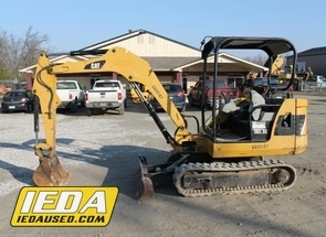 Used 2011 Caterpillar 302.5C For Sale