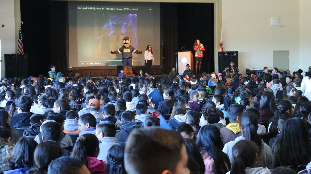 University Promise Welcomes 3,100 Local 6th-Graders