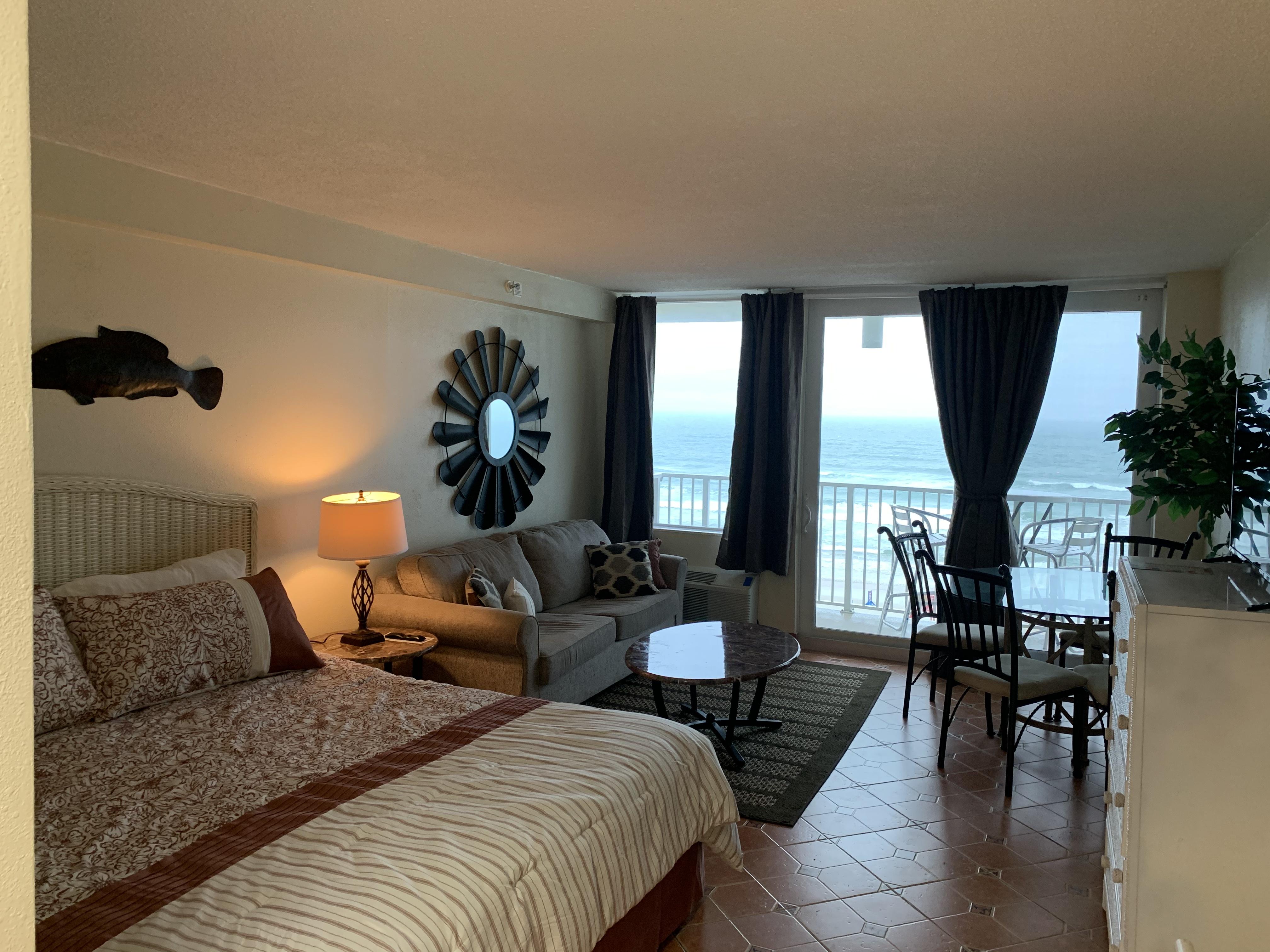 Daytona Beach Ocean View and Heated Pool (UNIT 412)